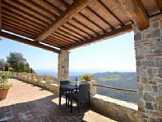 Casa Verdiana B - Pari vacation rentals