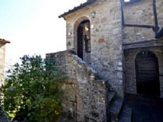 Casa Verdiana D - Bari vacation rentals