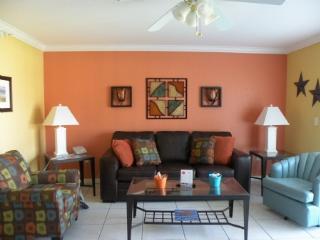 Sunshine filled condo-Treausre Island Beach - Treasure Island vacation rentals