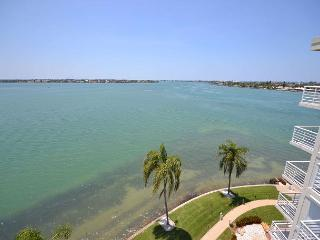 Bahia Vista 17-881 Amazing Penthouse with Spectacular Bay Views! - Florida North Central Gulf Coast vacation rentals