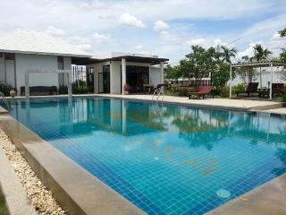 Villas for rent in Hua Hin: V6033 - Hua Hin vacation rentals