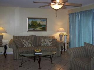 Close to the BEACH in the HEART OF DESTIN! First floor unit with easy access! - Destin vacation rentals