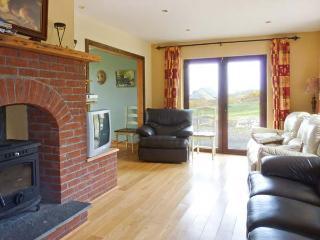 FRAOCH, en-suite facilites, ground floor bedrooms, solid fuel stove near Waterville, Ref: 26034 - Waterville vacation rentals