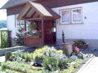 Vacation Apartment in Melchingen - 377 sqft, quiet, nice, cheap (# 3884) - Metzingen vacation rentals