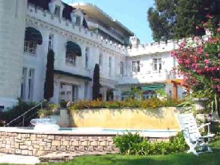 Private villa in the center of Cannes. AZR 280 - Cote d'Azur- French Riviera vacation rentals