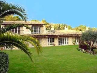 Stone house with village view. AZR 183 - Cannes vacation rentals