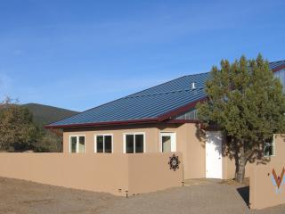 1 bedroom Cottage with Internet Access in Silver City - Silver City vacation rentals