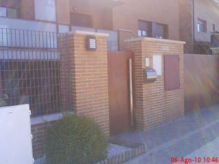 Apartment with garden and heated swimming pool - Navarra vacation rentals