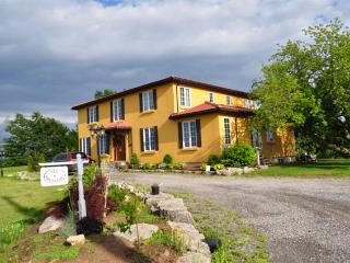 Girasole - A Tuscan Style B&B - Niagara-on-the-Lake vacation rentals