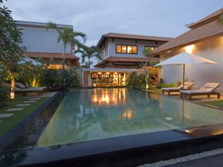 Hideaway villa in honeymoon resort - Ungasan vacation rentals