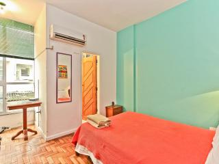 RioBeachRentals - Ipanema Close to the Beach #153B - Rio de Janeiro vacation rentals