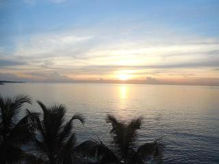"""Glorious Sunsets """"The Abaco Apartment"""" - Nassau vacation rentals"""