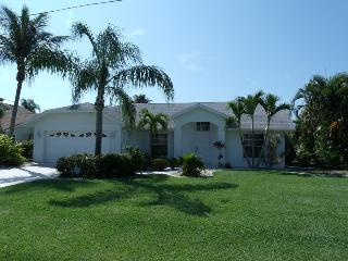 Villa Blue Sky Cape Coral 3/2 Pool Waterfront - Cape Coral vacation rentals