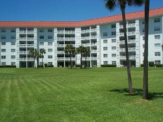 GROUND FLOOR END UNIT!!! - Fort Walton Beach vacation rentals