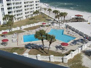 Gulf Front One Bedroom - Sleeps Four and Right on the Beach - Fort Walton Beach vacation rentals