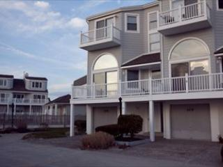Victoria s Walk 105906 - Image 1 - Cape May - rentals