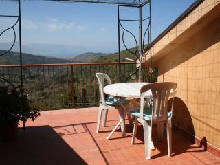 Tra mare e collina - Cefalu vacation rentals