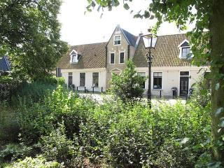 Cosy B&B in de Centre of Grou in a 400 year old building - Grou vacation rentals