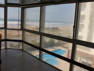 OceanFront/ Ocean View Flat (COSTA DA CAPARICA) - Costa da Caparica vacation rentals