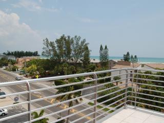 439 Beach Rd. 4 Story Luxury Gulf-Front Siesta Key Rental - Sarasota vacation rentals