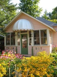 Polka Dot- Whimsical 3 Br Lake Cottage In Caroga - Caroga Lake vacation rentals