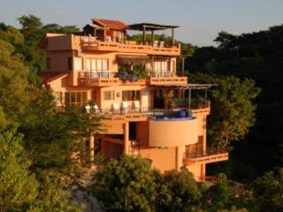 GOLF CART AND AMAZING VIEWS AWAIT AT CASA AGAVE - Sayulita vacation rentals