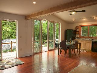 A Stream Side Cottage Near Woodstock, NY - Woodstock vacation rentals