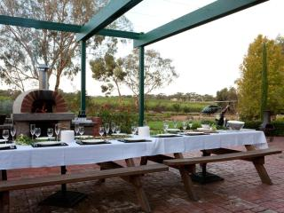 The Reserve Barossa Valley - 5 Bedroom Luxuary - Nuriootpa vacation rentals