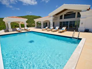 Casa Sunshine at Guana Bay, Saint Maarten - Beachfront, 2 Pools, Tropical - Guana Bay vacation rentals