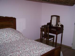 Cozy 2 bedroom B&B in Givry - Givry vacation rentals