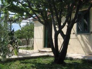 Cvitanic Kokotic apartments: APP4 (2+1 person) - Bol vacation rentals
