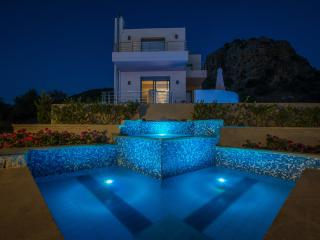 Anemon Villas - Villa Sirocco 20% June Discount - Chania vacation rentals
