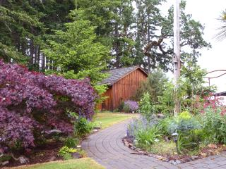 Bethell Woods: a Wine Country B and B - Sheridan vacation rentals