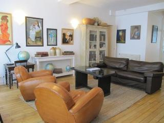 Montorgeuil Vacation Rental at Petits Carreaux II - Paris vacation rentals