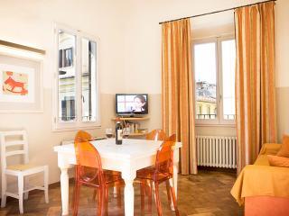 6 Arancio - Two Bedroom Vacation Rental - Florence vacation rentals