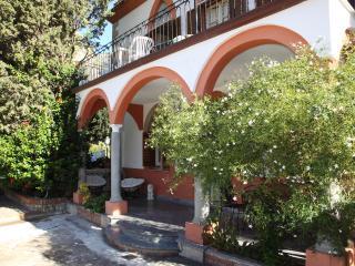 Solemar Sicilia - Villa Caterina - Apt. Iris - Cefalu vacation rentals
