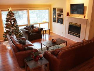 Comfy Single Level Sunriver, Oregon Vacation Home - Sunriver vacation rentals