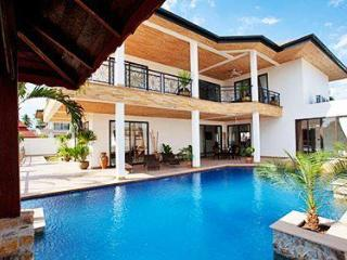 Luxury Pool Villa CORAL PATTAYA - Jomtien Beach vacation rentals