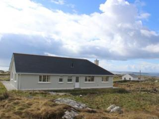 Dolan - The most of the stunning views over the Atlantic Ocean. - Connemara vacation rentals