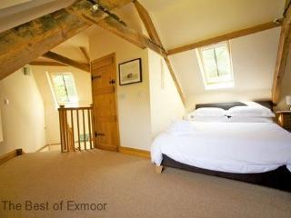 The Coach House, Porlock Weir - Sleeps 2 - Exmoor National Park - Sea View - Porlock Weir vacation rentals