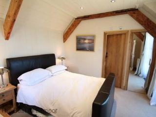 The Stable Block, Porlock Weir - Sleeps 2 - Exmoor National Park - Sea View - Porlock Weir vacation rentals