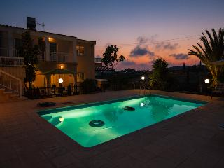 4 bedroom Villa with Deck in Paphos - Paphos vacation rentals
