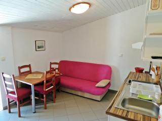 Romantic apartment in the heart of Makarska - Makarska vacation rentals