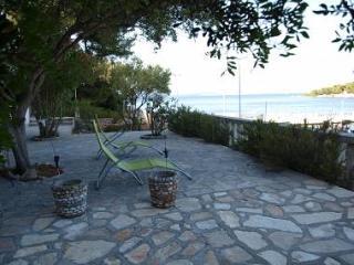 8052 A1(2+1) - Rogac - Rogac vacation rentals