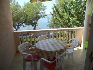 5840 A2(3) - Rtina - Rtina vacation rentals