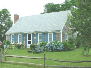 Nice 4 bedroom House in Orleans with Deck - Orleans vacation rentals