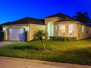 DreamMaker Villa-Calabay Parc Pool Villa 15 min. from Disney! - Davenport vacation rentals