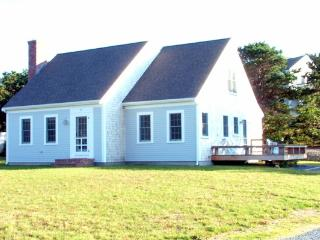 Sunny 3 bedroom House in Eastham with Deck - Eastham vacation rentals