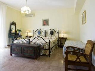 "Bed & Breakfast ""Villa Flora"" - Agropoli vacation rentals"