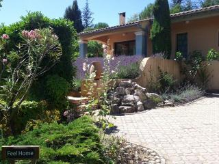 Feel Home Villa in Dieulefit (Drome Provencale) - Dieulefit vacation rentals